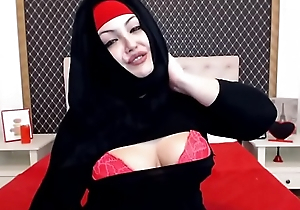 Nayra chubby arab muslim girl webcam hijab