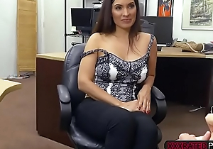 Latina slut Sophie Leon gets rammed in the pawnshop