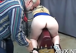 Rough spanking and harsh bondage on woman'_s muff