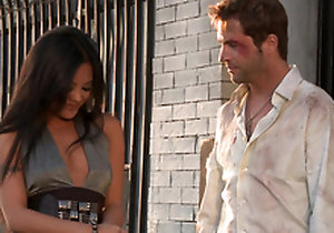 Gorgeous Kaylani Lei gets their way vulva munched and fucked rear end style