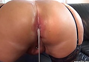 Submissive slut hard Ass fucked by a brutal men horde, additionally to extreme wadding with sperm and piss!