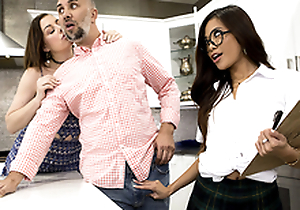 Fundraiser Dear one Featuring Vina Sky - Brazzers HD
