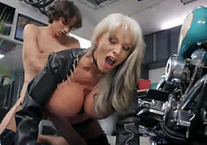 Sally D'Angelo gets pounded at the end of one's tether young Ricky Spanish next to her Harley