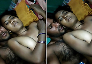Indian bhabhi Lalita Singh fucked by boyfriend and cummed on pussy