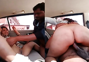 Exclusive- Sexy Bhabhi Blowjob and Hard Fucked By Lover In Car