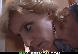 Blonde mature mother pleases her son-in-law